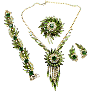 Vintage Juliana (D and E) Book Piece Olivine Green AB Rhinestone Sunburst Necklace, Bracelet, Brooch and Earrings Grand Parure