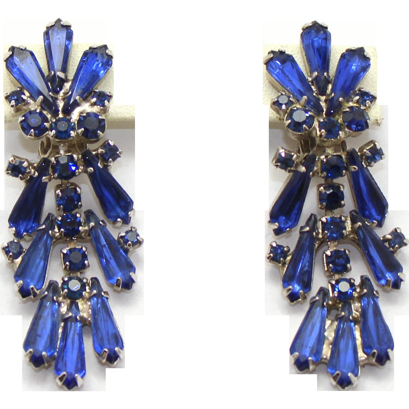 Vintage Juliana (D&E) Book Piece Blue Spear Shaped Rhinestone Dangle Earrings