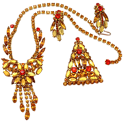Vintage Juliana (D and E) Book Piece Topaz and Orange (Sun) Flat Backed Rhinestone Necklace, Brooch and earrings Parure