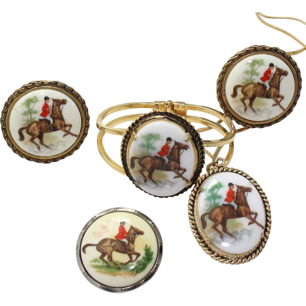 Vintage Juliana (D and E) Book Piece Fox Hunting Transfer Painted Pendant Necklace, Earrings, Clamper Bracelet and Scarf Clip Parure