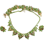 Vintage Juliana (D and E) Book Piece Peridot Green Rhinestone and Scrolled Filigree Necklace, Bracelet and Earrings Parure