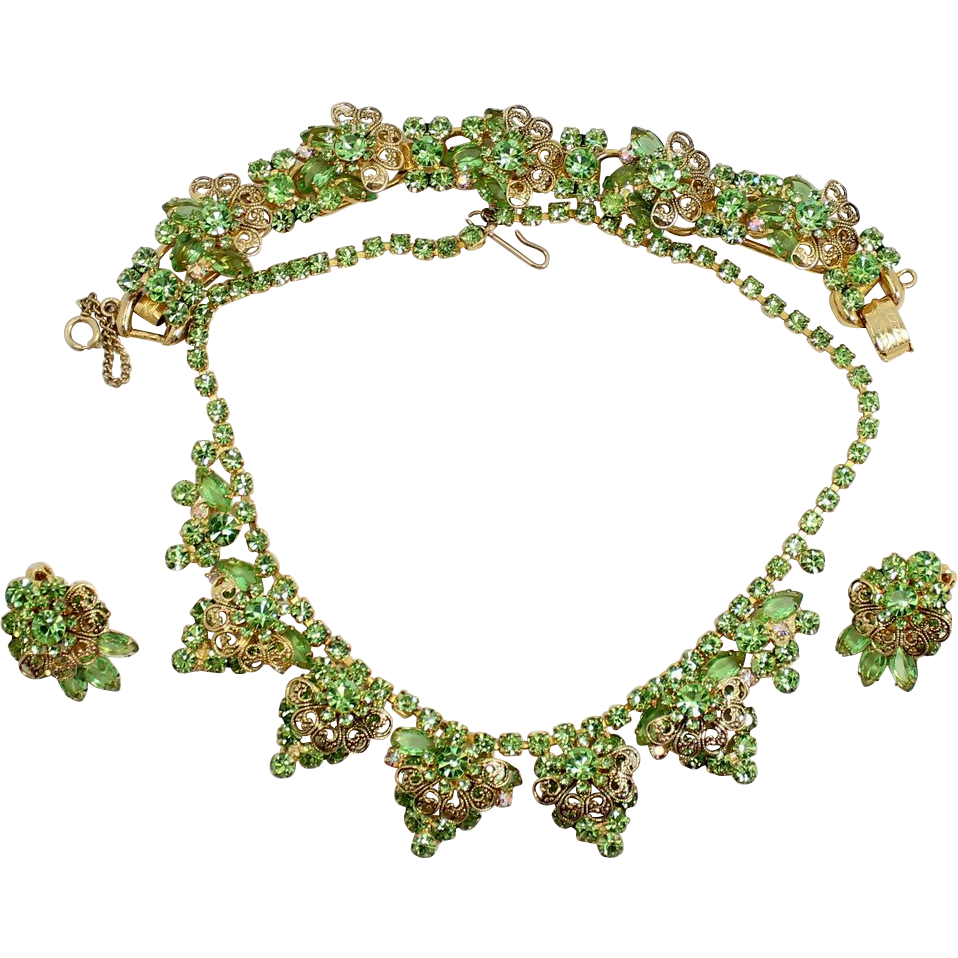 Vintage Juliana (D&E) Book Piece Peridot Green Rhinestone & Scrolled Filigree Parure
