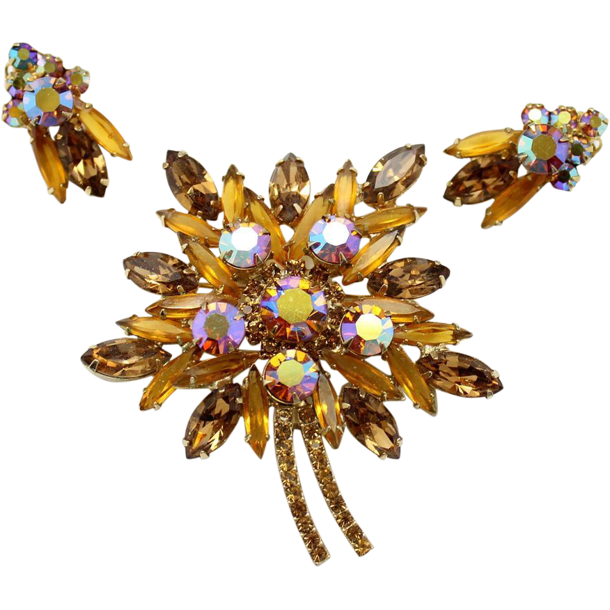 Vintage Juliana (D&E) Topaz & AB Rhinestone Leaf Shaped Demi Parure