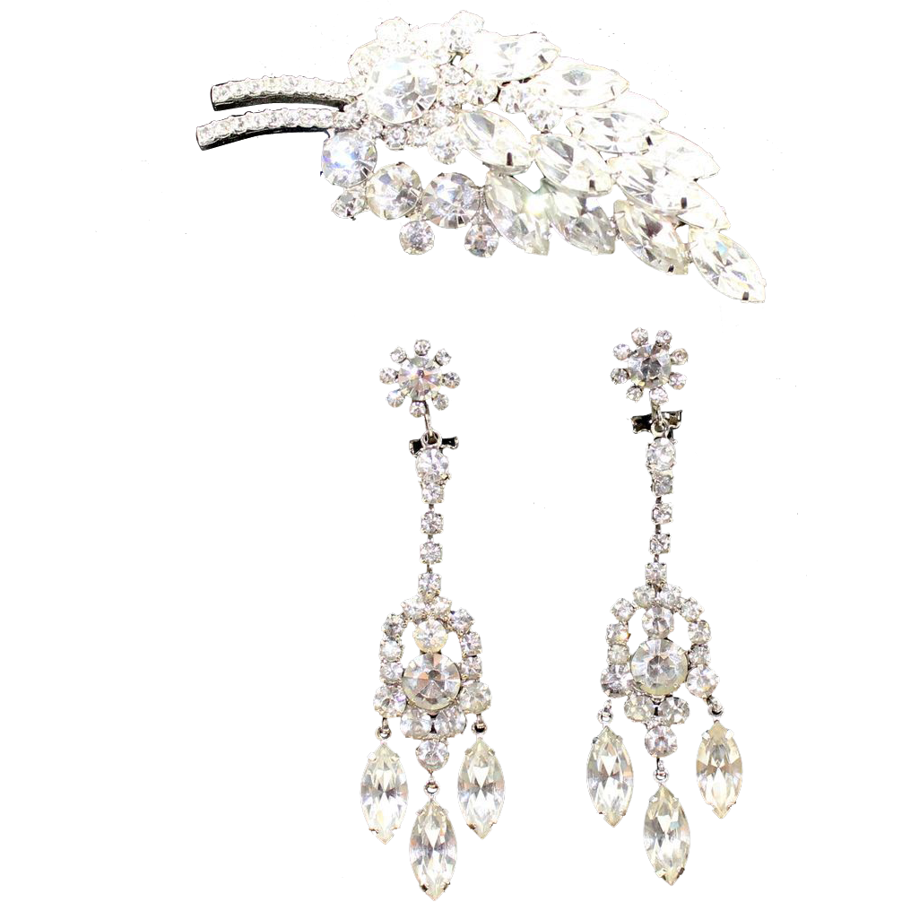 Vintage Juliana (D and E) Sparkling Clear Rhinestone Brooch and Dangle Earrings Demi Parure