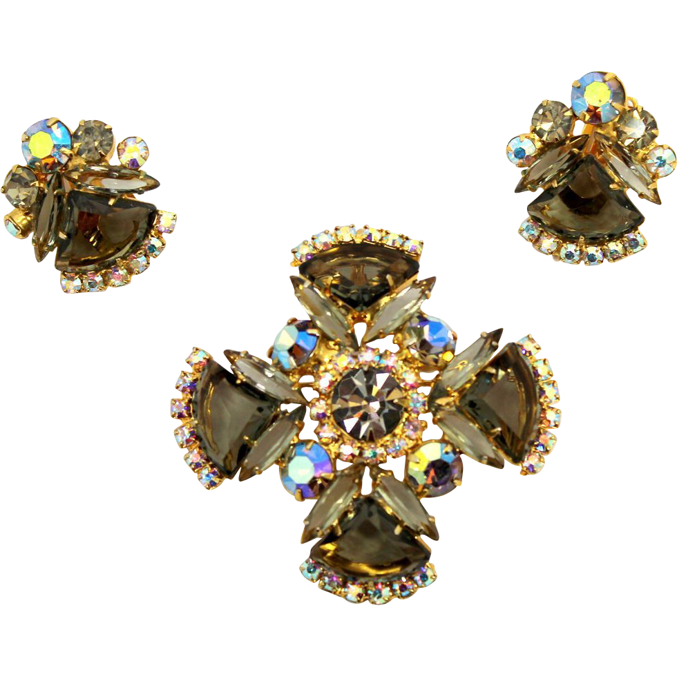 Vintage Juliana (D and E) Black Diamond Pie Shaped Rhinestone Maltese Cross Brooch / Pendant  and Earrings Demi Parure