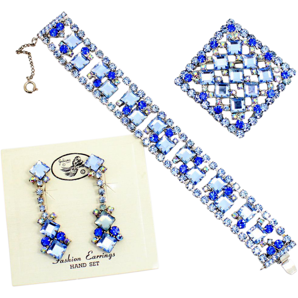 Vintage Juliana (D and E) Book Piece Blue Square Rhinestone Bracelet, Brooch / Pendant, Dangle Earrings Parure