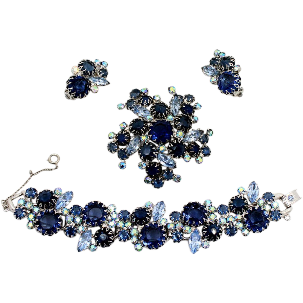 Vintage Juliana Book Piece Blue AB Rhinestone Multi-Prong Bracelet Brooch Earrings Parure