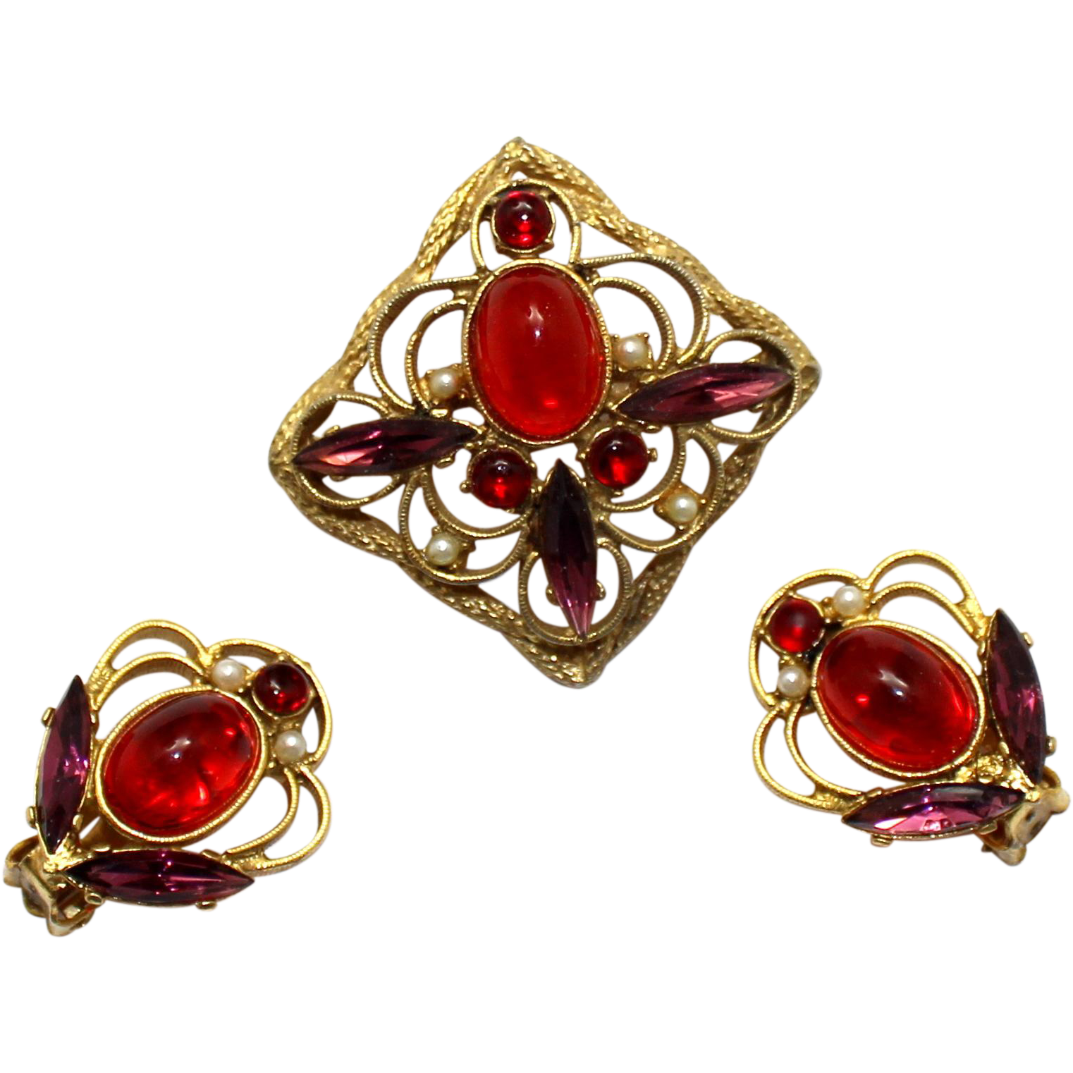 Vintage Juliana (D and E) Red Cabochon Metal Work Brooch and Earrings Demi Parure