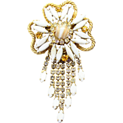 Vintage Juliana (D&E) White Gold Fluss & Rhinestone Flower Dangle Brooch
