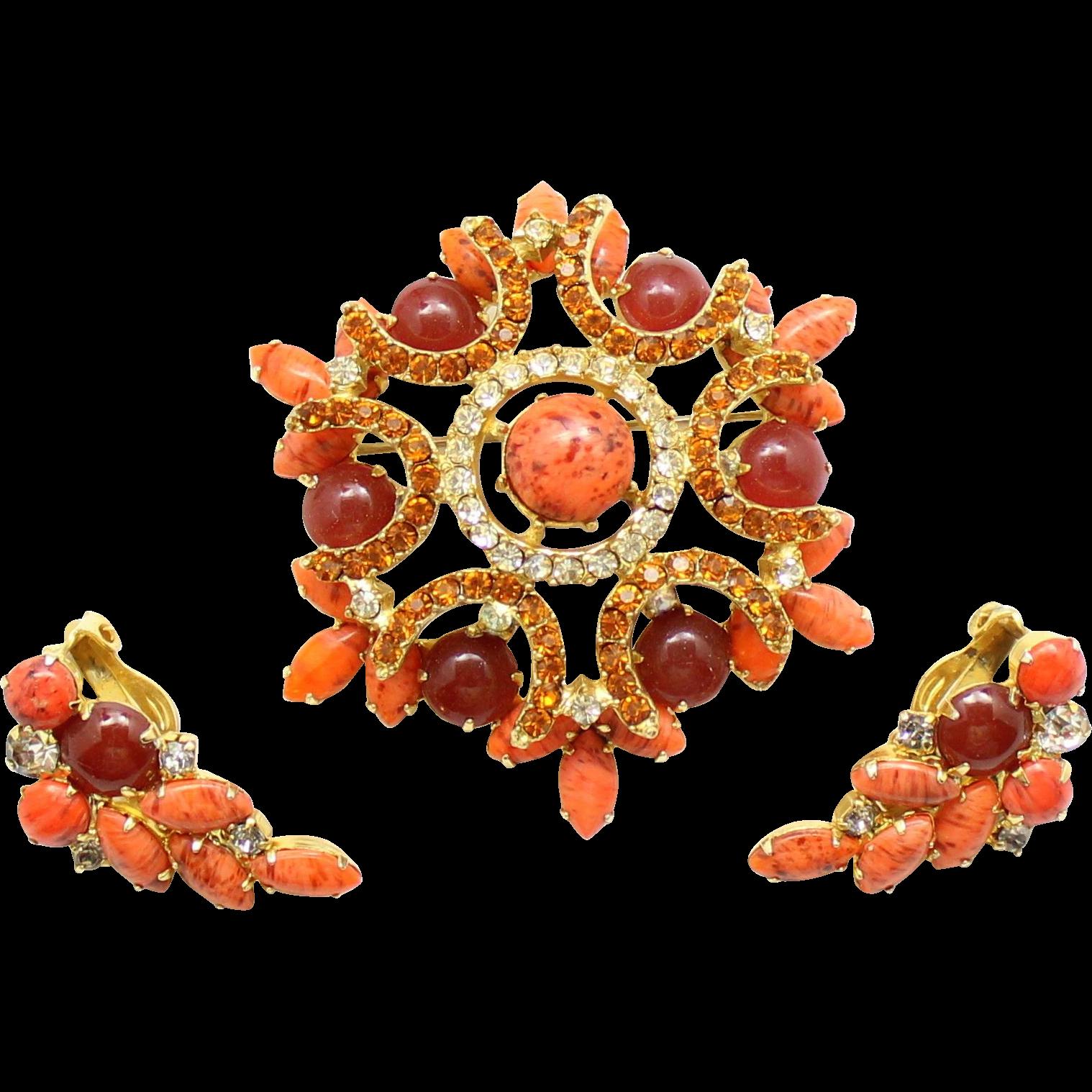 Vintage Juliana (D&E) Book Piece Coral, Carnelian Red Cabochon & Topaz Rhinestone Demi Parure