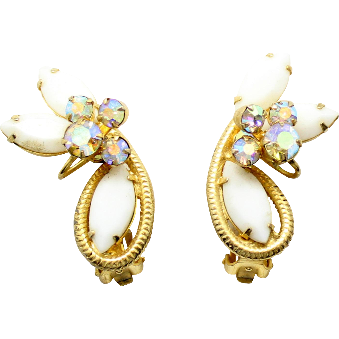 prong detail vintage all s twist is hand gold work with maiden edges young of cameo very art around mounting carved white nice in this earrings img fine drop shell the a pair price true