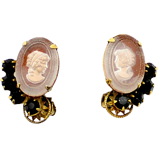 Vintage Juliana 10 Petal Daisy Black Rhinestone Cameo Earrings