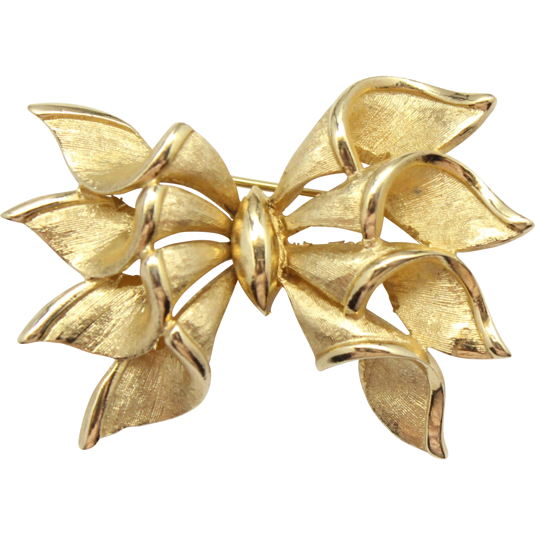 Vintage  François (Coro) Gold Toned Bow Brooch