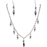 White Silvertone Chain Platinum Glass Faux Pearl Drops Necklace Set