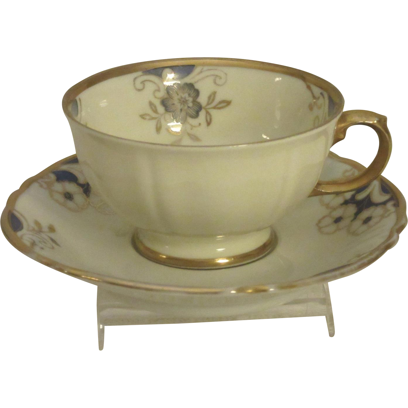 Lovely Demitasse Set, Eschenbach, Bavarian Porcelain