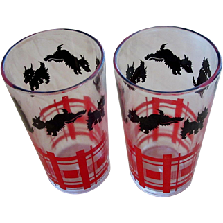 Pair of Scotty Dog Federal Glass Tumblers
