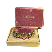 La Mode Sweetheart Bracelet Expansion HEART 1943 Original Box