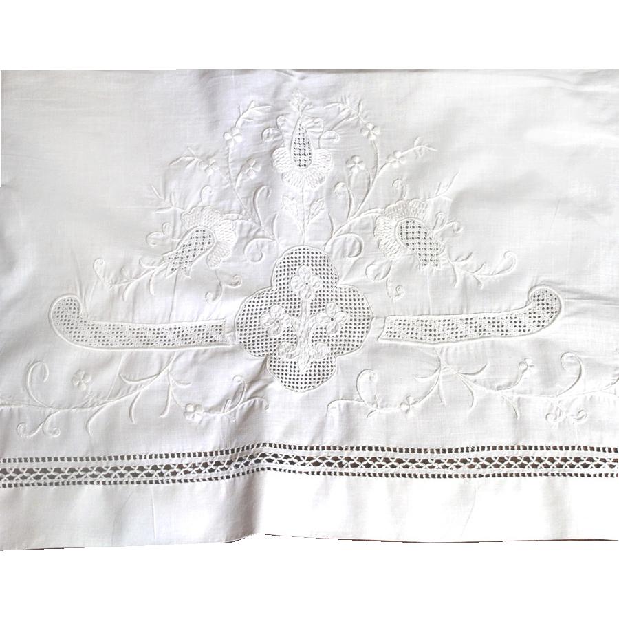 One Pillow Layover Sham Fleur de Lis Linen Drawn Work MADEIRA Wonderful!