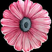 Hanky Flower Daisy Scalloped Edges Pink UNUSUAL