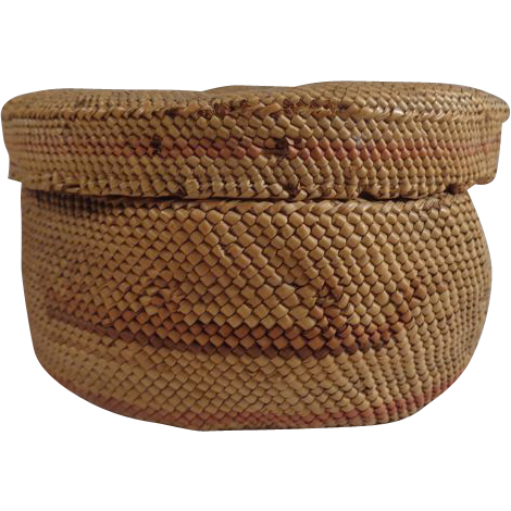 Makah Basket #2 Twined Cedar & Beargrass Canoe Design
