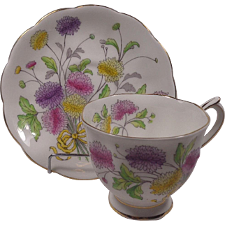 Royal Albert Chrysanthemum Cup & Saucer Flower Of The Month Series Hand Painted