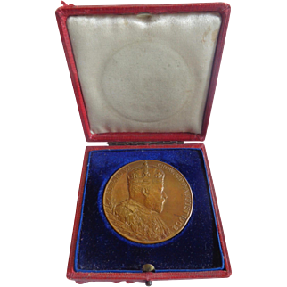 1902 Coronation Medal in Original Case Edward VII DeSaulles