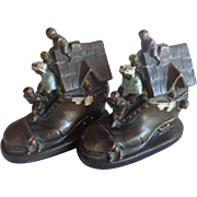 There Was An Old Woman Who Lived In A Shoe Bookends