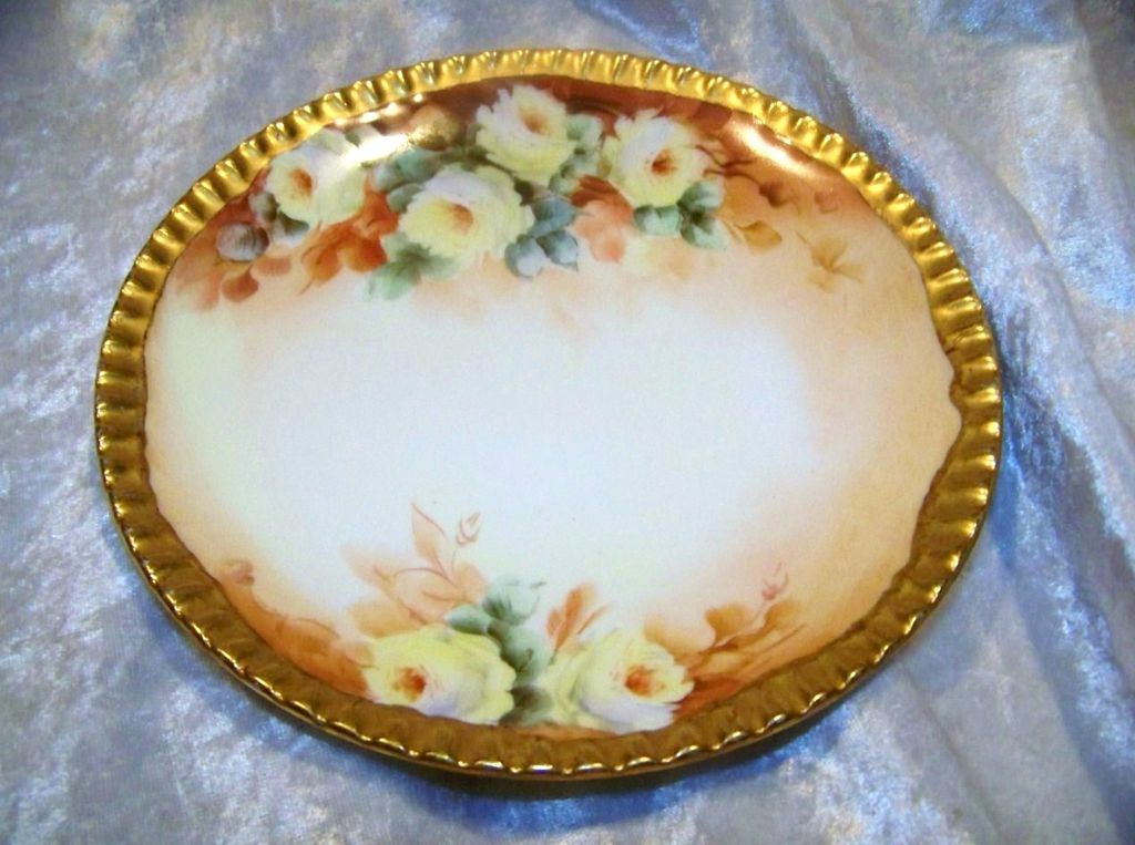"Attractive T & V Limoges France 1900's Hand Painted ""Yellow Roses"" 6-3/4"" Plate"