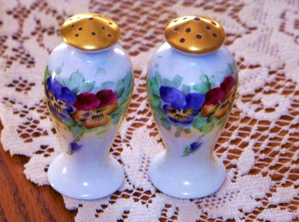 "Colorful Bavaria 1900's Hand Painted ""Lavender, Red, & Burnt Orange"" 3-7/8"" Salt & Pepper Shakers"