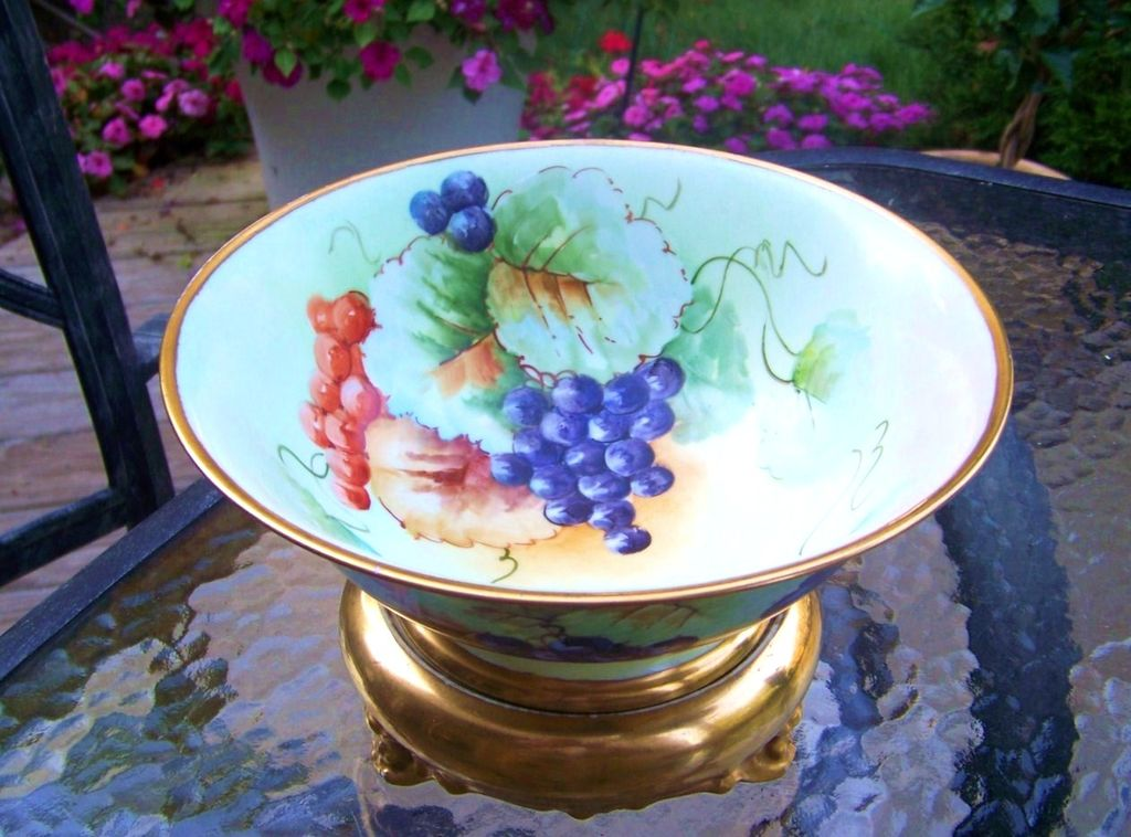 "Wonderful 1900's Favorite Bavaria Hand Painted ""Purple & Red Grapes"" 9-7/8"" Pedestal Fruit Bowl"