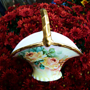 """Gorgeous Vintage 1900 German Hand Painted """"Yellow Roses"""" 4-3/4"""" Handle Basket"""