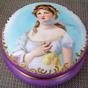 """Outstanding T & V Limoges France Vintage 1900's Hand Painted Portrait """"Queen Louise of Prussia"""" 6-1/4"""" Dresser Box"""