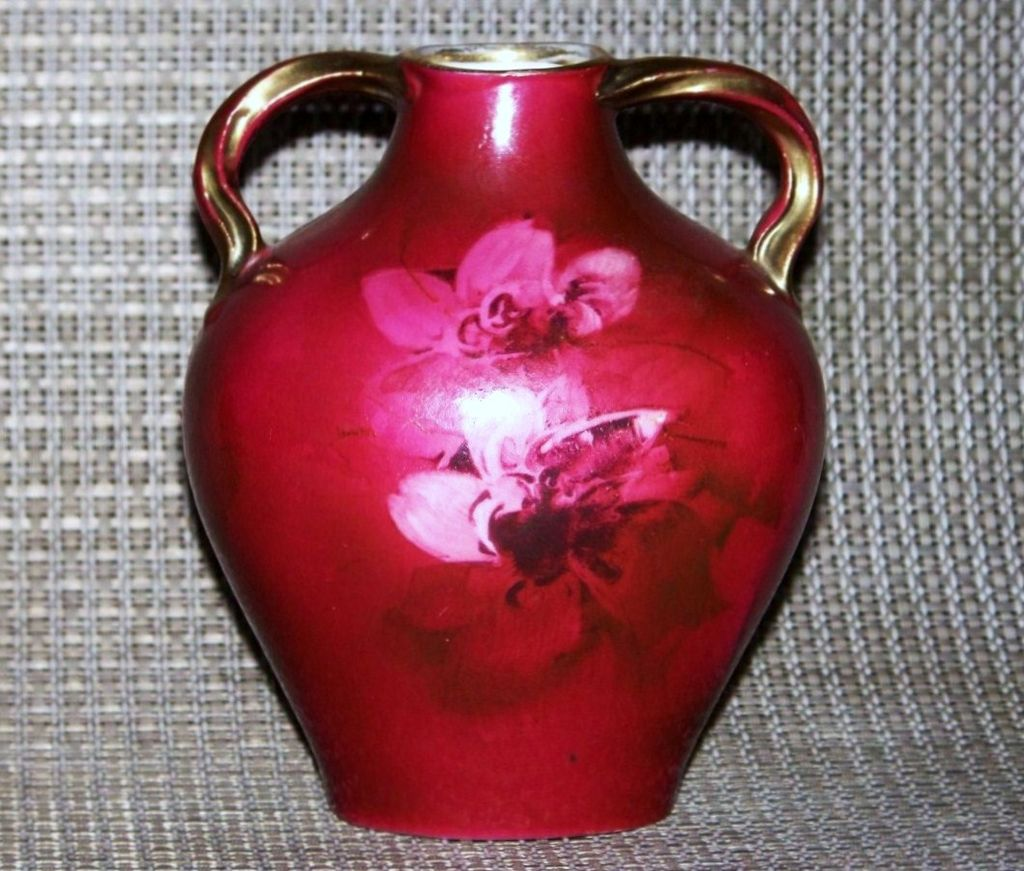 "Scarce Royal Bayreuth 1900's Hand Painted ""Crimson Red Roses"" 4-5/8"" Pillow Vase"