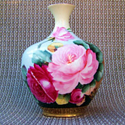 "Fabulous O. & E. G. Royal Austria ""Deep Red & Pink Roses"" 4-3/8"" Bud Vase by the Artist, ""Martin"""