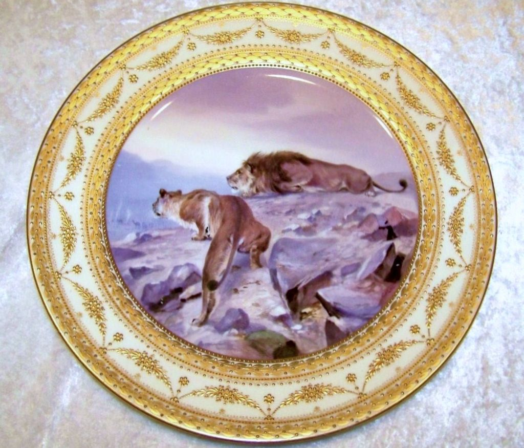 "Fabulous & Scarce Vintage Royal Vienna Hand Painted Scenic ""Lion & Lioness"" 10-1/4"" Plate by the German Artist, ""C. Pohl"""