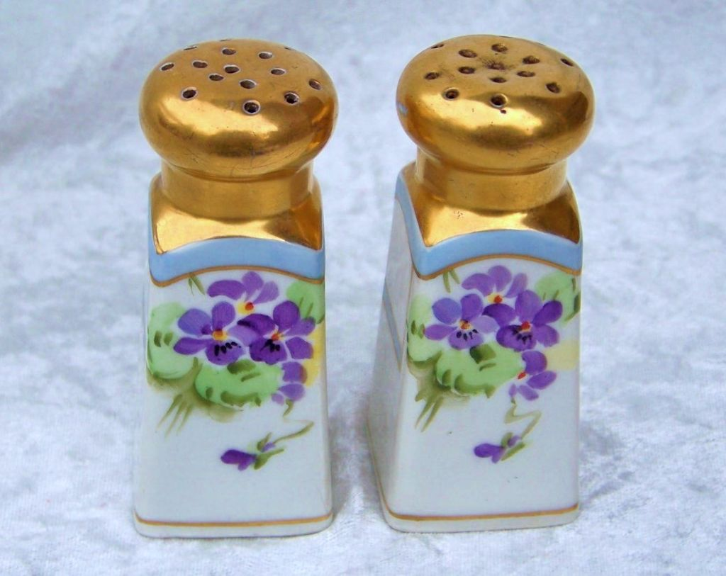 "Attractive Bavaria 1900's Hand Painted ""Violets"" 3-5/8"" Salt & Pepper Shakers"