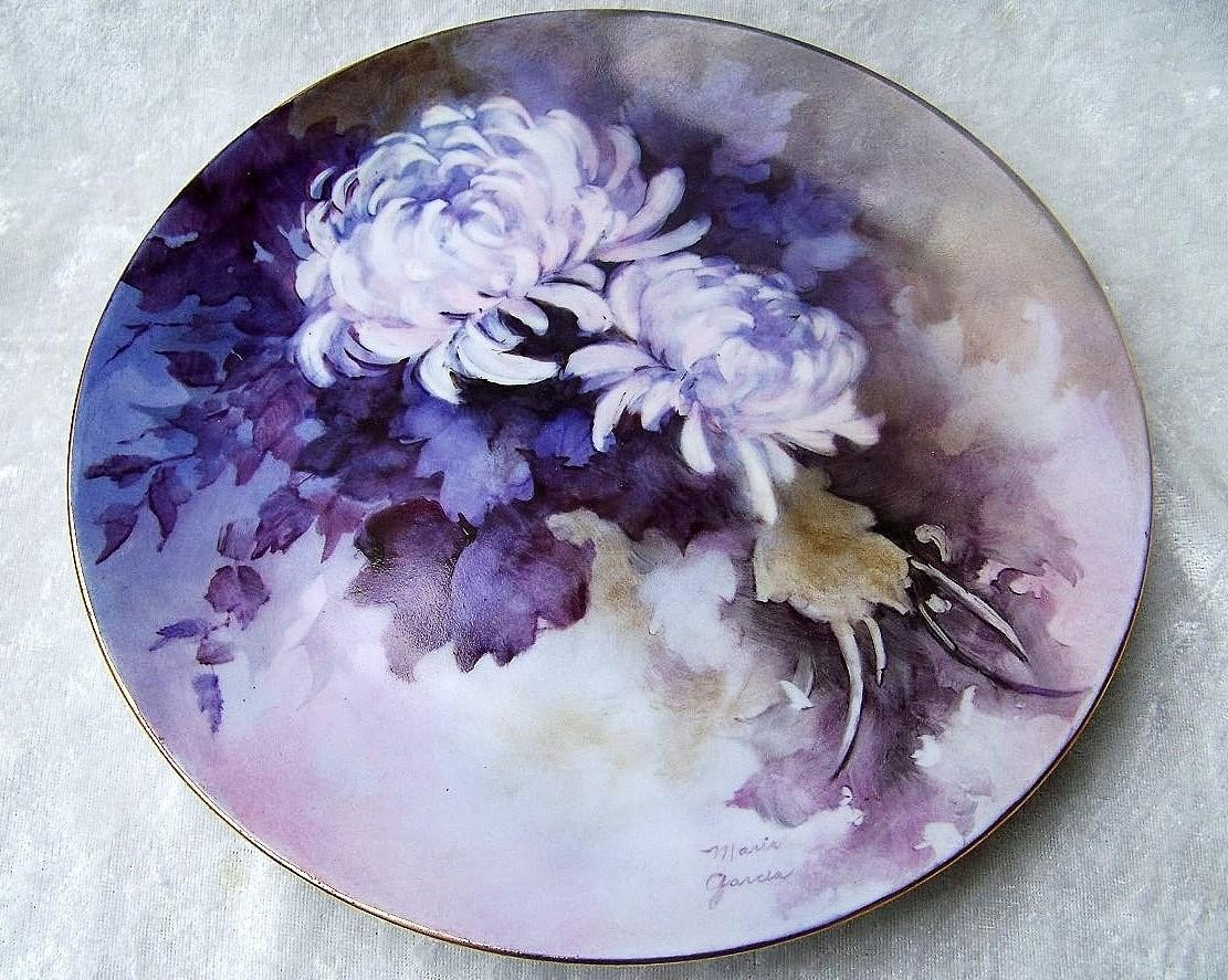"Outstanding Limoges Hand Painted Vibrant ""White Chrysanthemums"" 8-3/8"" Plate by the Renowned Artist, ""Maria Garcia"""