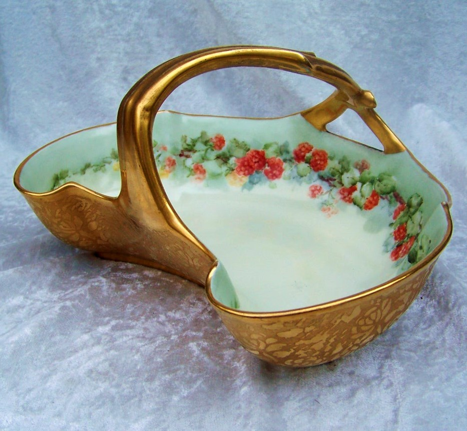 "Attractive Vintage T & V Limoges France 1900's Hand Painted ""Red Currant"" 9"" Gilded Gold Handle Basket"