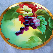 "Gorgeous & Vibrant Vintage GDA France 1905 Hand Painted Vibrant ""Purple & Pink Grapes 8-5/8"" Plate Decorated by the Chicago Studio, J.H. Stouffer Co. & the listed Artist, ""Samuel Heap"""