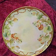 "Attractive Haviland, France Vintage HP D'Arcy's Studio ""Red Currant"" 8-5/8"" Plate by ""LaRue"""