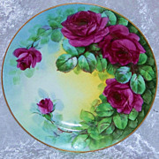 "Beautiful Bavaria 1900's Hand Painted Vibrant ""Deep Red Roses"" 8-1/2"" Plate by the Pickard Artist, ""Carl Koenig"""