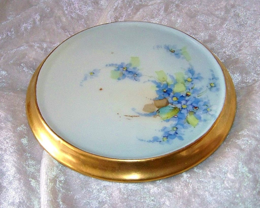 "Gorgeous JC Bavaria 1900's Hand Painted ""Forget Me Not"" Heavy Gilded Gold 6"" Trivet"