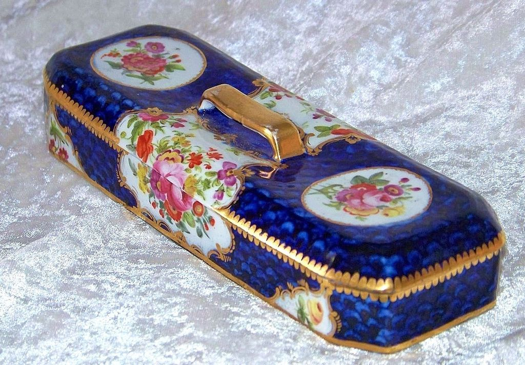 "Exceptional Sevres Pre-1870's Hand Painted ""Wild Flowers"" 8"" Dresser Box"