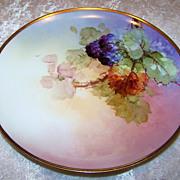 "Haviland France Vintage 1900's Hand Painted ""Blackberry"" 8-7/8"" Plate"