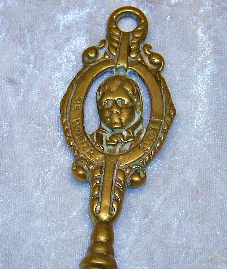 "English Vintage 1900's Brass ""Sir Walter Scott"" 19-1/2"" Toasting Fork"