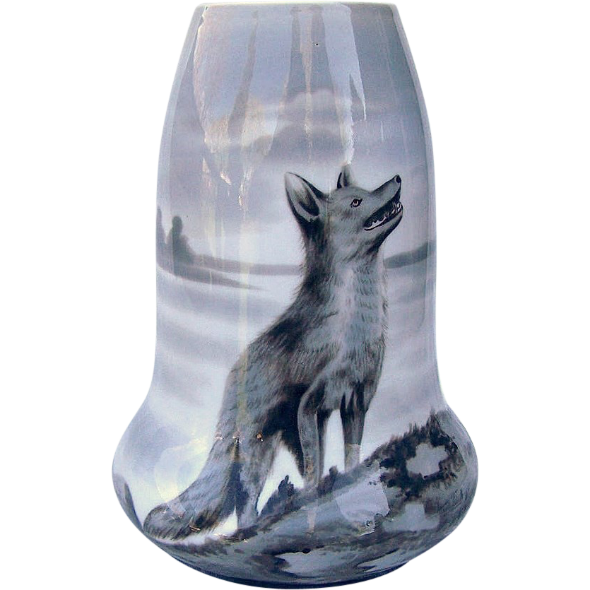 "Wonderful Heubach 1900's Hand Painted ""Wolf Staring At the Sky"" 7-1/2"" Vase by the Artist, ""R. Moll"""