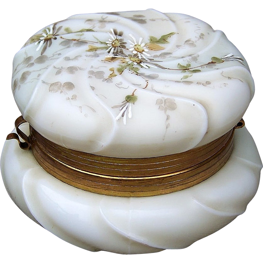 "Gorgeous C.F. Monroe Wavecrest 1890's ""Enameled Daisy"" 4-1/2"" Dresser Jewelry Box"