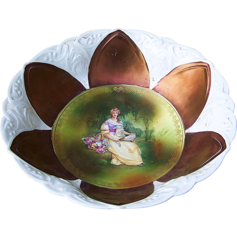"RS Prussia 1900's ""Lady With the Fan"" 9-3/4"" Iridescent Bronze Portrait Bowl"