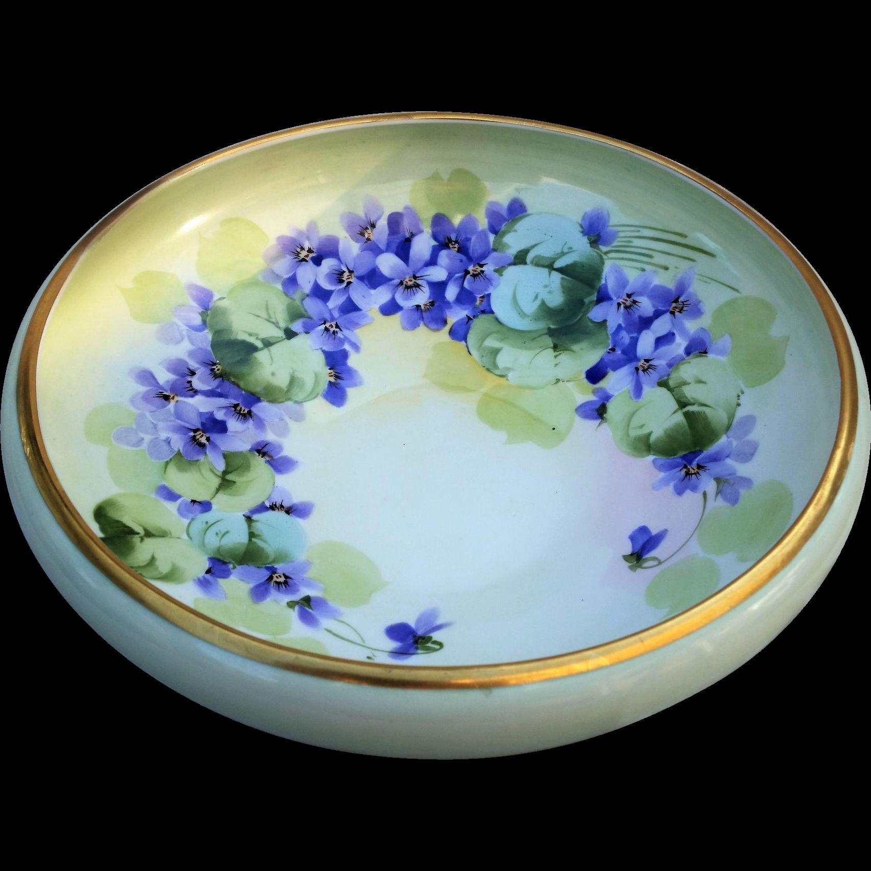 """Attractive T & V Limoges France & France Studio of Chicago 1915 Hand Painted Vibrant """"Violets"""" 10-5/8"""" Floral Fruit Bowl"""