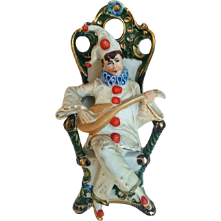 """WKC Graefenthal Germany Porcelain Vintage 1900's Hand Painted """"Jester Playing A Mandolin"""" 6-1/4"""" Figurine"""